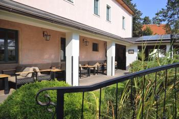 Zahradní restaurace Via Ironia - 2
