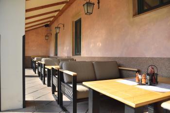 Zahradní restaurace Via Ironia - 7