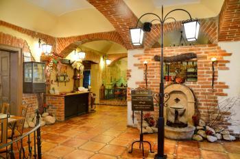 Interiér restaurace VIA IRONIA Vysoké Mýto 1