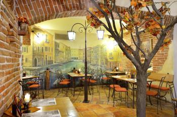 Restaurace VIA IRONIA Vysoké Mýto - interiér 3