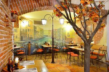 Interiér restaurace VIA IRONIA Vysoké Mýto 5