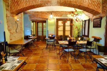 Interiér restaurace VIA IRONIA Vysoké Mýto 6