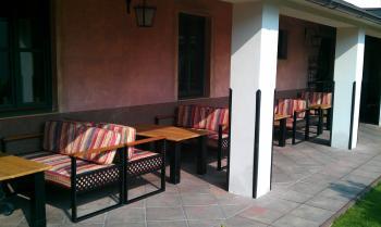 Venkovní terasa - restaurace VIA IRONIA 9